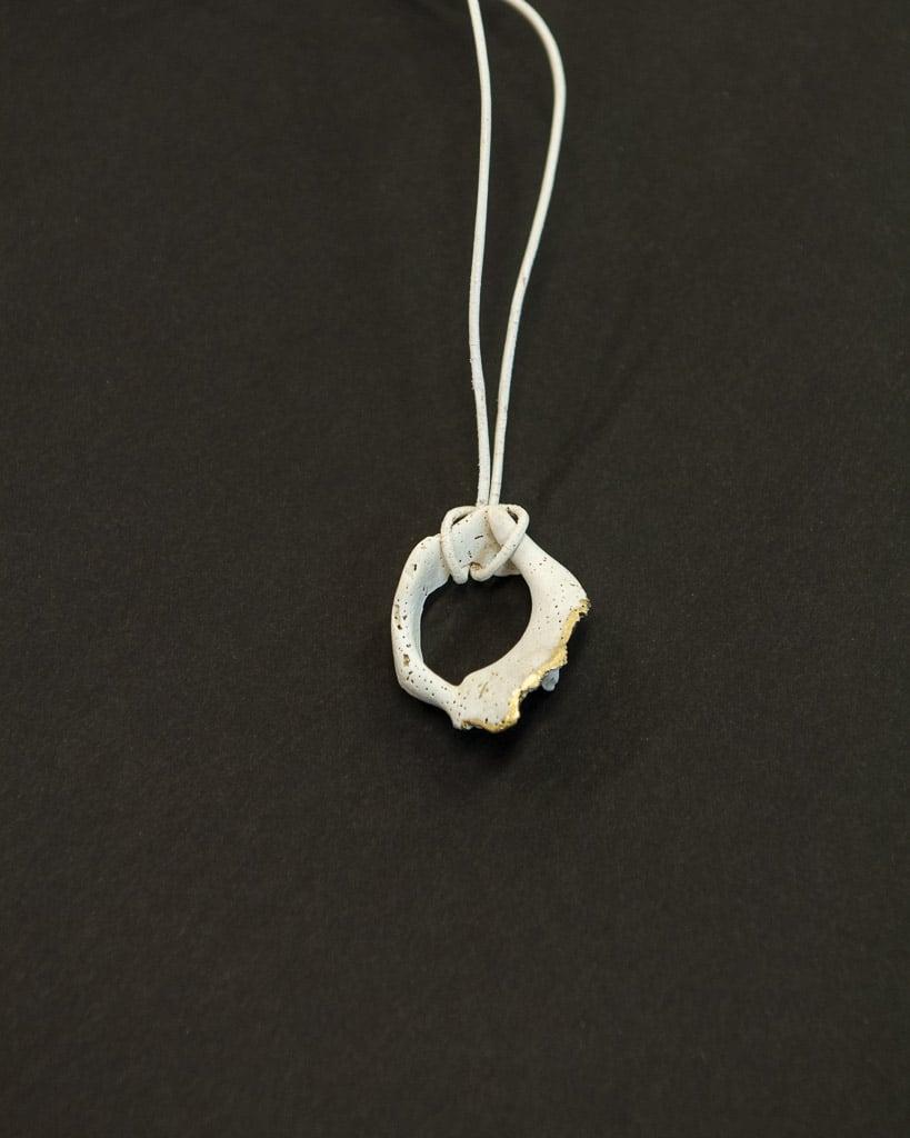Halskette I von Renate Moser